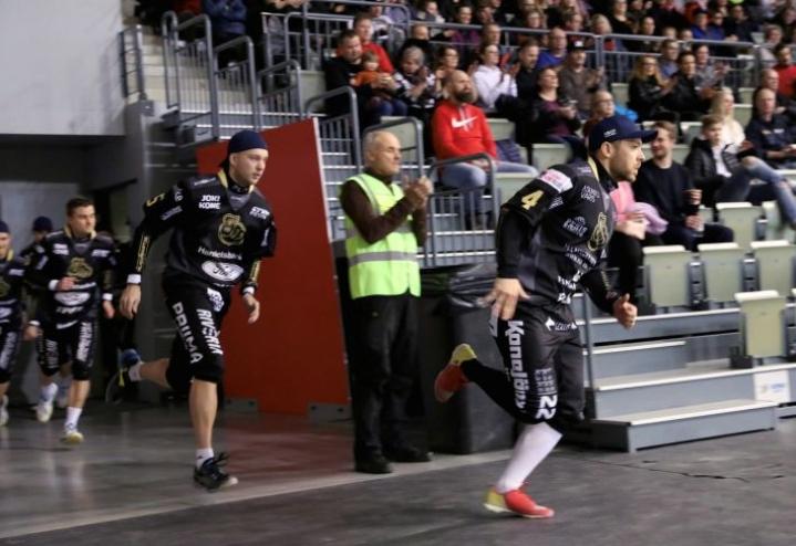 Joensuun Maila on yksi hallipesiksen miesten SM-lopputurnauksen neljästä joukkueesta.