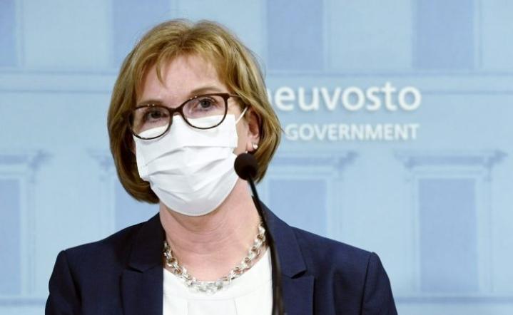 Oikeusministeri Anna-Maja Henriksson ilmoitti kuntavaalien siirtymisestä viikonloppuna. LEHTIKUVA / Heikki Saukkomaa
