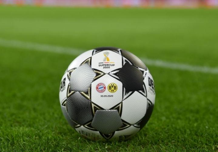 Fifa ja Uefa ilmoittivat heti pannavaatimuksista, joilla Superliigan jäsenten osallistuminen kansalliseen ja kansainväliseen kilpailutoimintaan estettäisiin. Lehtikuva/AFP