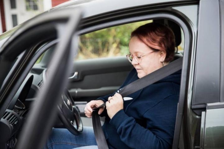 Hanna Susitaival järkyttyi hirvikolarista, mutta ajamista hän ei ole jättänyt.
