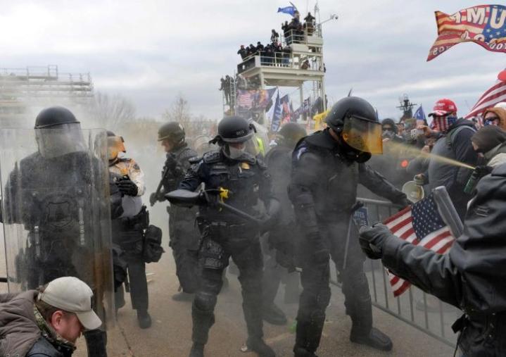 Mellakoinnin yhteydessä kuoli kaikkiaan viisi ihmistä. Lehtikuva/AFP