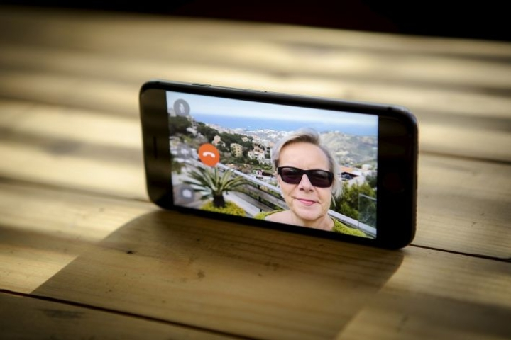 Birgit Ghossoub soitti videopuhelun Libanonista.
