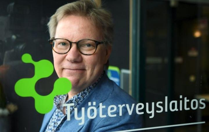 Tutkimusprofessori Jari Hakasen mukaan työn imulla tarkoitetaan aidosti myönteistä tilaa, jossa ihminen viihtyy työssään ja kokee sen mielekkääksi ja motivoivaksi. LEHTIKUVA / Jussi Nukari