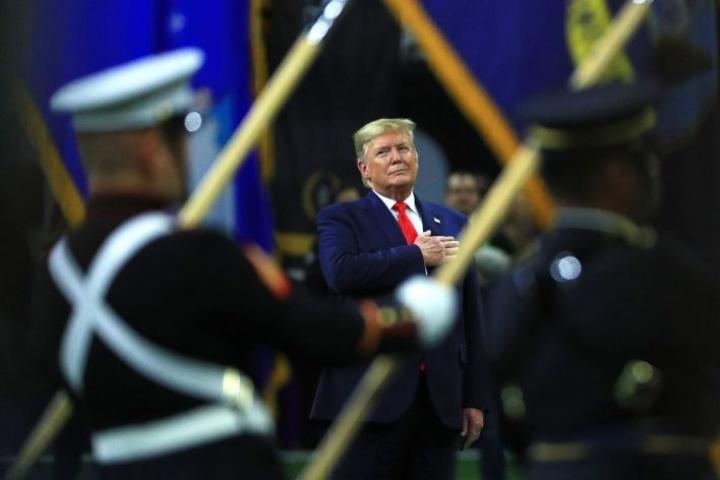 Yhdysvaltain edustajainhuone äänestää keskiviikkona presidentti Donald Trumpin virkasyytteiden lähettämisestä senaattiin. LEHTIKUVA/AFP