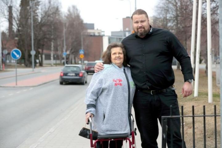 Keskinäinen rakkaus on kestänyt vastoinkäymiset. Nyt Anita Suihko ja Mika Törrö voivat viettää äitienpäivää jälleen yhdessä.