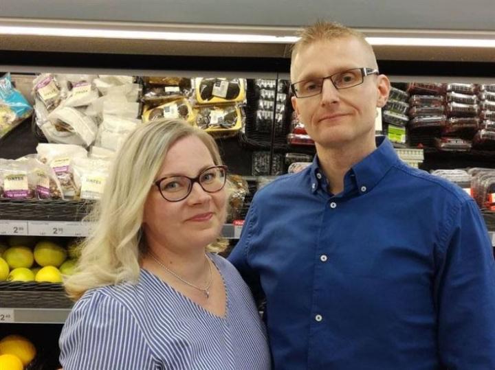 Jonna ja Sami Vartiainen aloittavat Polvijärven K-kaupan kauppiaina 26. helmikuuta.