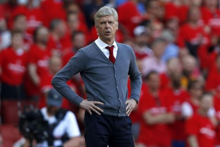 Ranskalainen Arsene Wenger oli pitkään valioliigajoukkue Arsenalin luotsi. Kuva toukokuulta 2018 ottelusta Arsenal-Burnley. LEHTIKUVA/AFP
