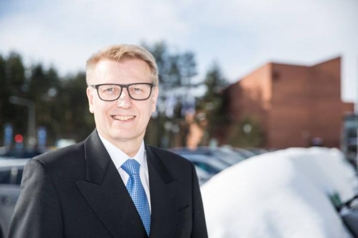 Kimmo Tiilikainen tiistaina palasi opinahjoonsa.