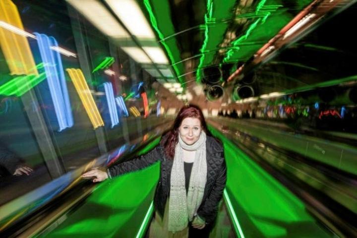 Tulevaisuudentutkija Elina Hiltusen mielestä suomalaisella osaamisella voitaisiin ratkoa globaaleja haasteita.