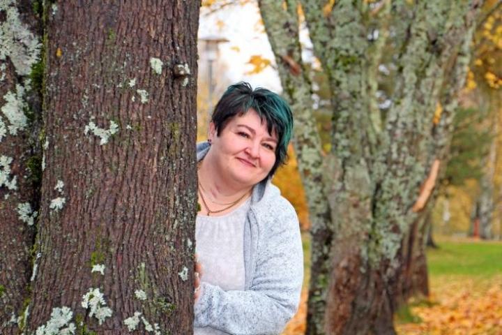 Kirsi Räsänen-Muttonen on omistautunut vähävaraisten auttamiselle.