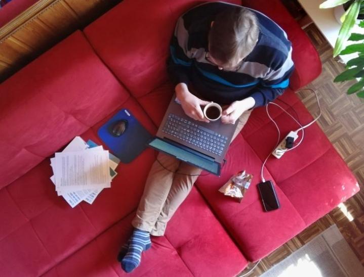 Riveria tarjoaa oppivelvollisille maksutta muun muassa kannettavat tietokoneet, mikä mahdollistaa joustavat opiskelumuodot.