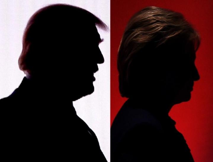 Monissa tärkeissä vaa'ankieliosavaltioissa Hillary Clinton on menettänyt etumatkaansa Donald Trumpista. LEHTIKUVA/AFP
