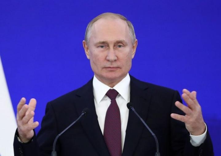Vladimir Putinin puhetta parlamentille saapuu perinteisesti kuulemaan poliitikkojen lisäksi maan korkein eliitti.