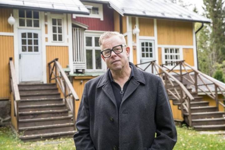 Stefan de Batselier Niittylahden kodillaan syyskuussa 2020.