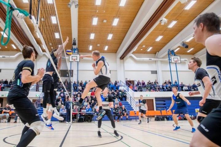 Vuosi sitten Juha Timonen ja  Outokummun Karpaasit kohtasi Suomen cupissa Karelian Hurmoksen.