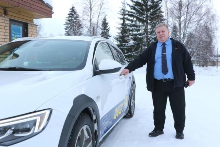 Kauppakyydeillä ei Jarmo Vänskän mukaan pärjää korona-aikana.