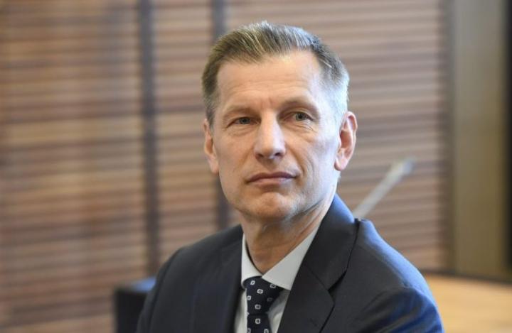 Ilmavoimien entisen komentajan Sampo Eskelisen syytettä käsiteltiin Helsingin hovioikeudessa maanantaina. LEHTIKUVA / HEIKKI SAUKKOMAA