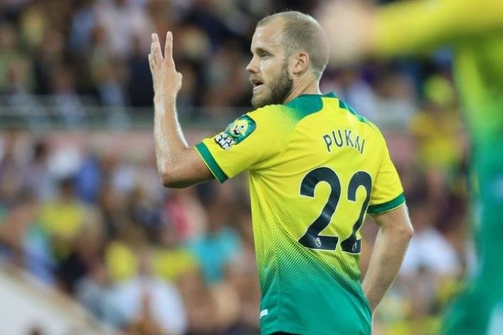 Pukin visiitistä tulee hyvin lyhyt, sillä Norwich pelaa jo lauantaina Englannin Valioliigassa kotipelin Bournemouthia vastaan. LEHTIKUVA/AFP