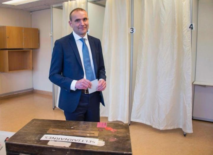 Gudni Johannesson keräsi lauantain vaaleissa peräti 92 prosenttia äänistä. LEHTIKUVA/AFP