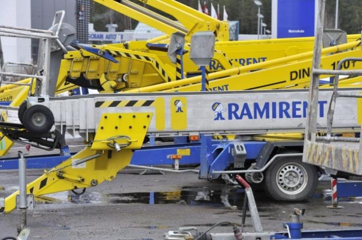 Ramirentin hallitus suosittelee yksimielisesti ostotarjouksen hyväksymistä. LEHTIKUVA / JUSSI NUKARI