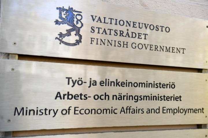 Työ- ja elinkeinoministeriön mukaan paikallisen sopimisen työryhmä ei saanut edelleenkään sovittua yhteisestä esityksestä. LEHTIKUVA / VESA MOILANEN