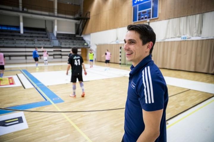 Maru Grönroosin valmentaman SC Riverballin otteita voi seurata tänään suorana lähetyksenä.