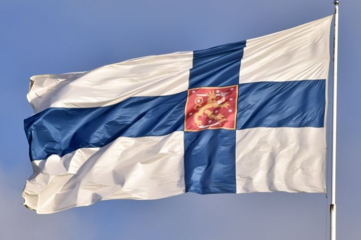 Tänään liputetaan Suomen kansalliseepoksen kunniaksi. LEHTIKUVA / Jussi Nukari