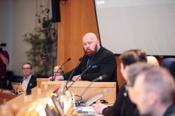Heinolan kaupunginjohtaja Jari Parkkosen mukaan kuntien taloustilanne on julmempi mitä on annettu ymmärtää, jos sote- ja maakuntauudistusta ei tule.