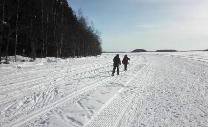 Pyhäsaaressa asti kävi päivän aikana noin 800 hiihtäjää.