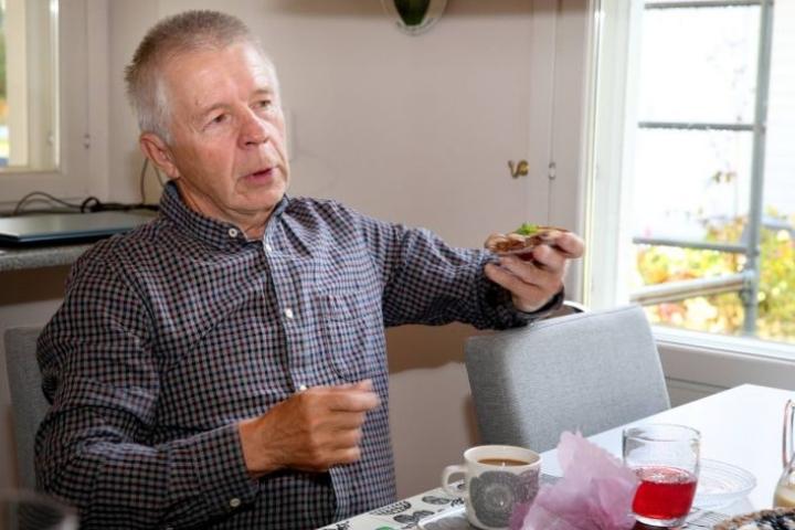 Nykyään Enossa asuva keihäsvalmentaja Eino Maksimainen, 71, ei säästele sanojaan puhuessaan nykyisestä suomalaisesta keihäänheitosta.