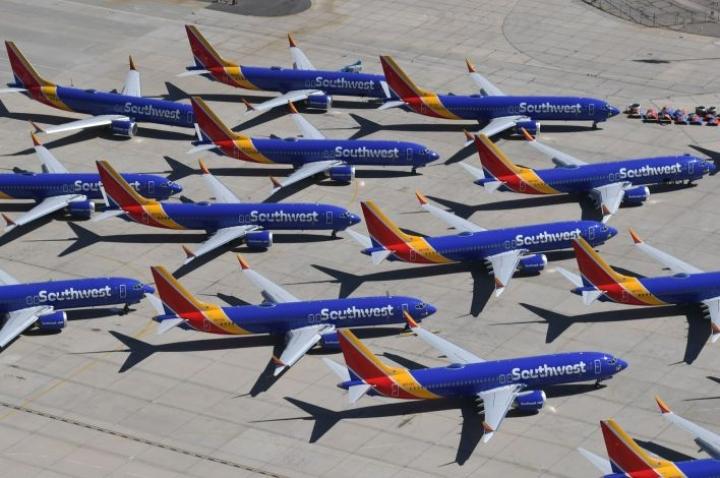 Ilmailuviranomaiset määräsivät 737 Max -koneet viime kuussa laajaan lentokieltoon. LEHTIKUVA / AFP