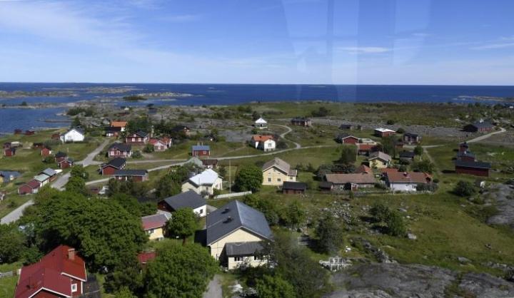 Moni vapaa-ajan asuja viettää saaressa jopa suurimman osan vuodesta. LEHTIKUVA / VESA MOILANEN