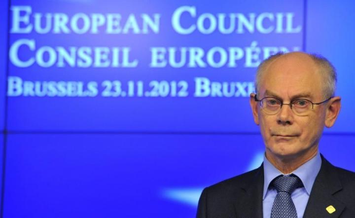 Eurooppa-neuvoston entinen puheenjohtaja Herman Van Rompuy arvioi, ettei vaikeimpiin brexit-kysymyksiin päästä pureutumaan ennen loppuvuotta 2017. LEHTIKUVA/AFP