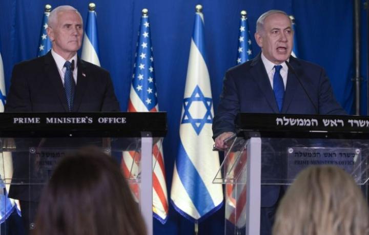 Yhdysvaltain varapresidentin Mike Pence tapasi Israelin pääministerin Benjamin Netanjahun Lähi-idän kiertomatkallaan.
