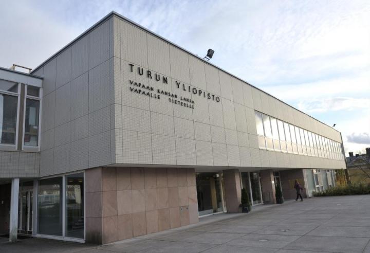 Kuvassa Turun yliopiston hallintorakennus. LEHTIKUVA / PEKKA SAKKI