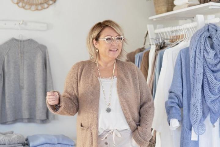 Kiitollisuus on päällimmäinen tunne, sanoo Pia Erlund. Hän ymmärtää olevansa onnekas, kun on saanut yritysideansa kukoistamaan. Erlund tietää, etteivät kaikki yrittäjät menesty, vaikka tekisivät kuinka paljon töitä.