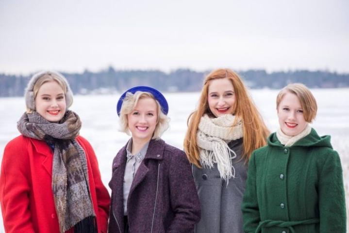 Kardemimmit. Vasemmalta Jutta Rahmel, Leeni Wegelius, Maija Pokela ja Anna Wegelius.