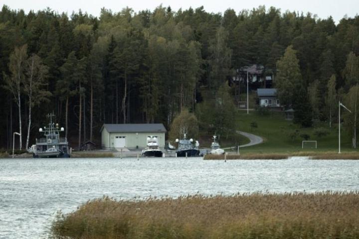 Airiston Helmi -yhtiön kiinteistöjä ja veneitä Paraisilla Turun saaristossa. LEHTIKUVA / RONI LEHTI