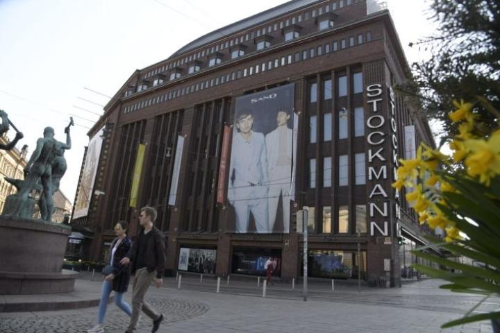 Tavarataloyhtiö Stockmann tavoittelee 40 miljoonan kulusäästöjä yt-neuvottelujen avulla. LEHTIKUVA / MARKKU ULANDER
